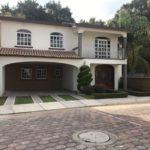 Casa en venta y renta , San Juan del Río, Fracc. Villas San Juan, SJR-2679-37